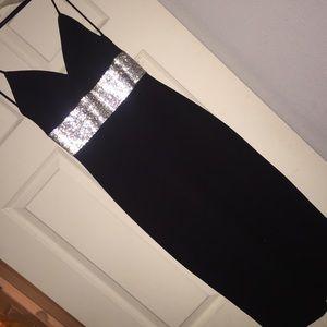 Black body fitted midi dress/bodycon